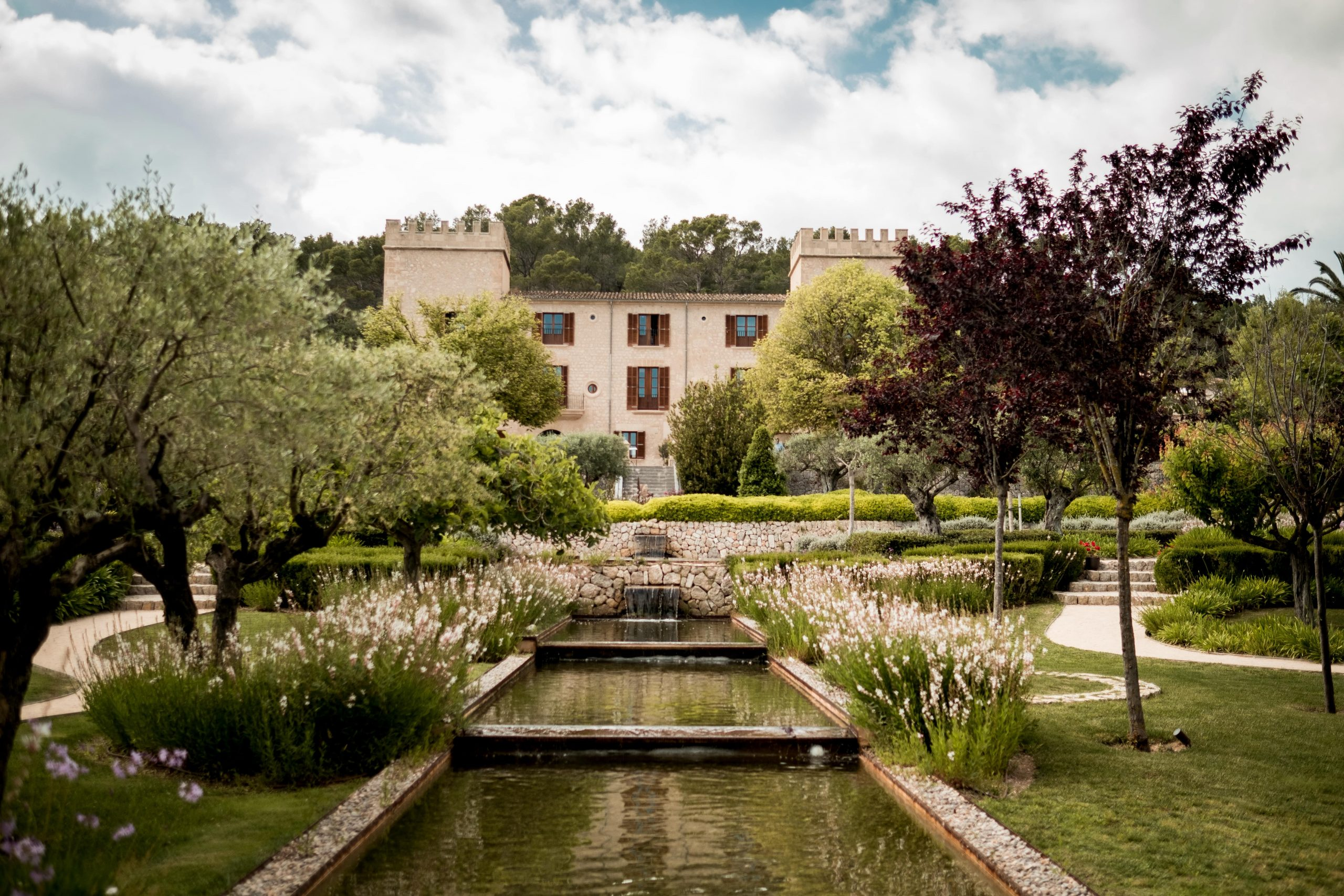 luxury hotel venue in castle son claret at Mallorca for wedding and event