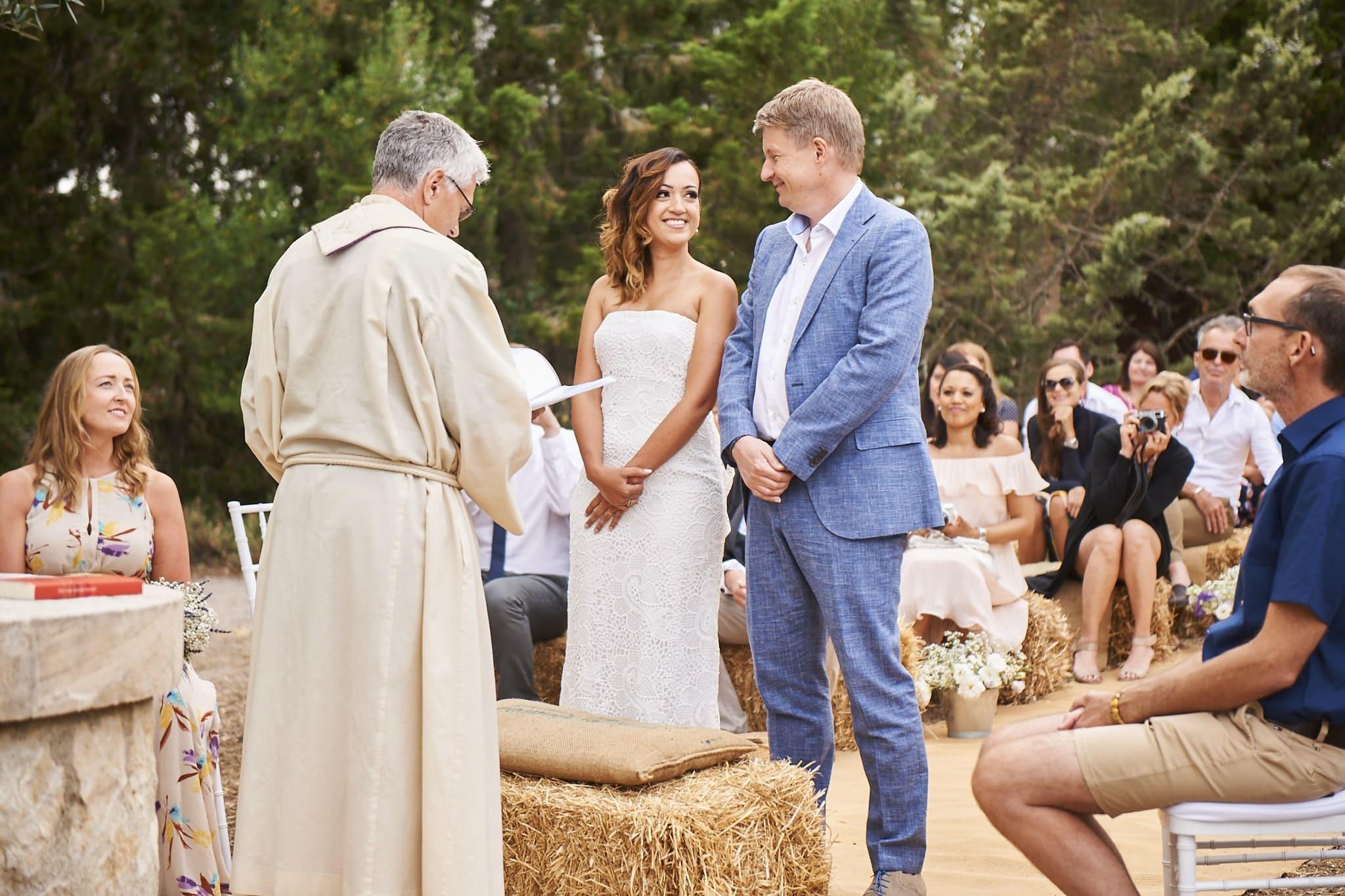 protestant ceremony in a rustic setting at Arta Mallorca