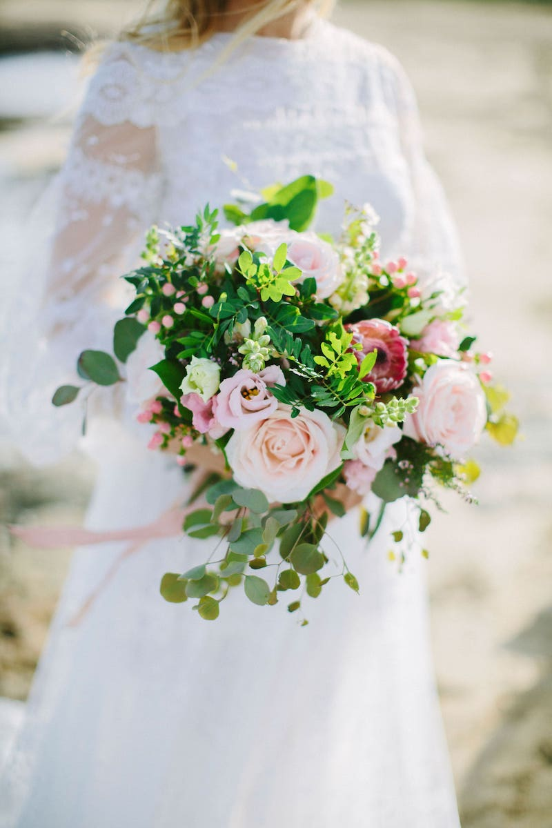 bride bouquet with stylish wedding dress flowers Mallorca
