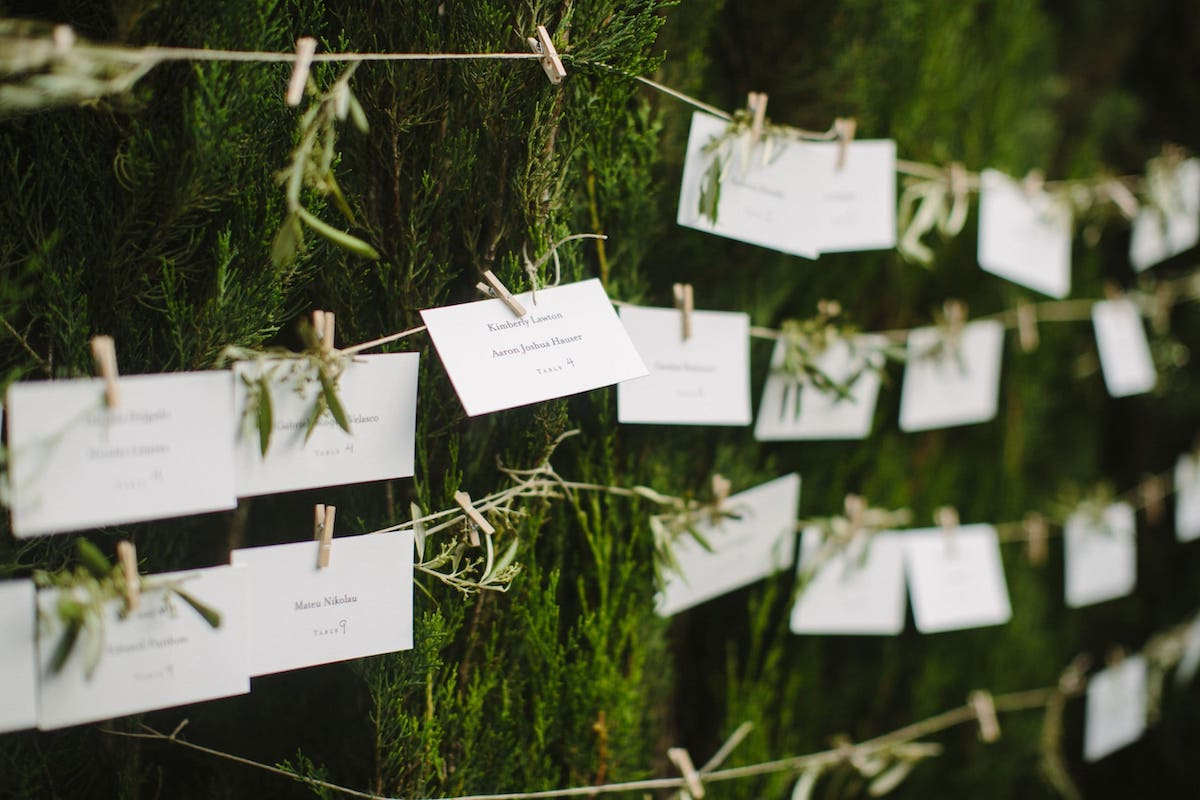 rustic sitting plan, save the date and graphic design for wedding in Mallorca