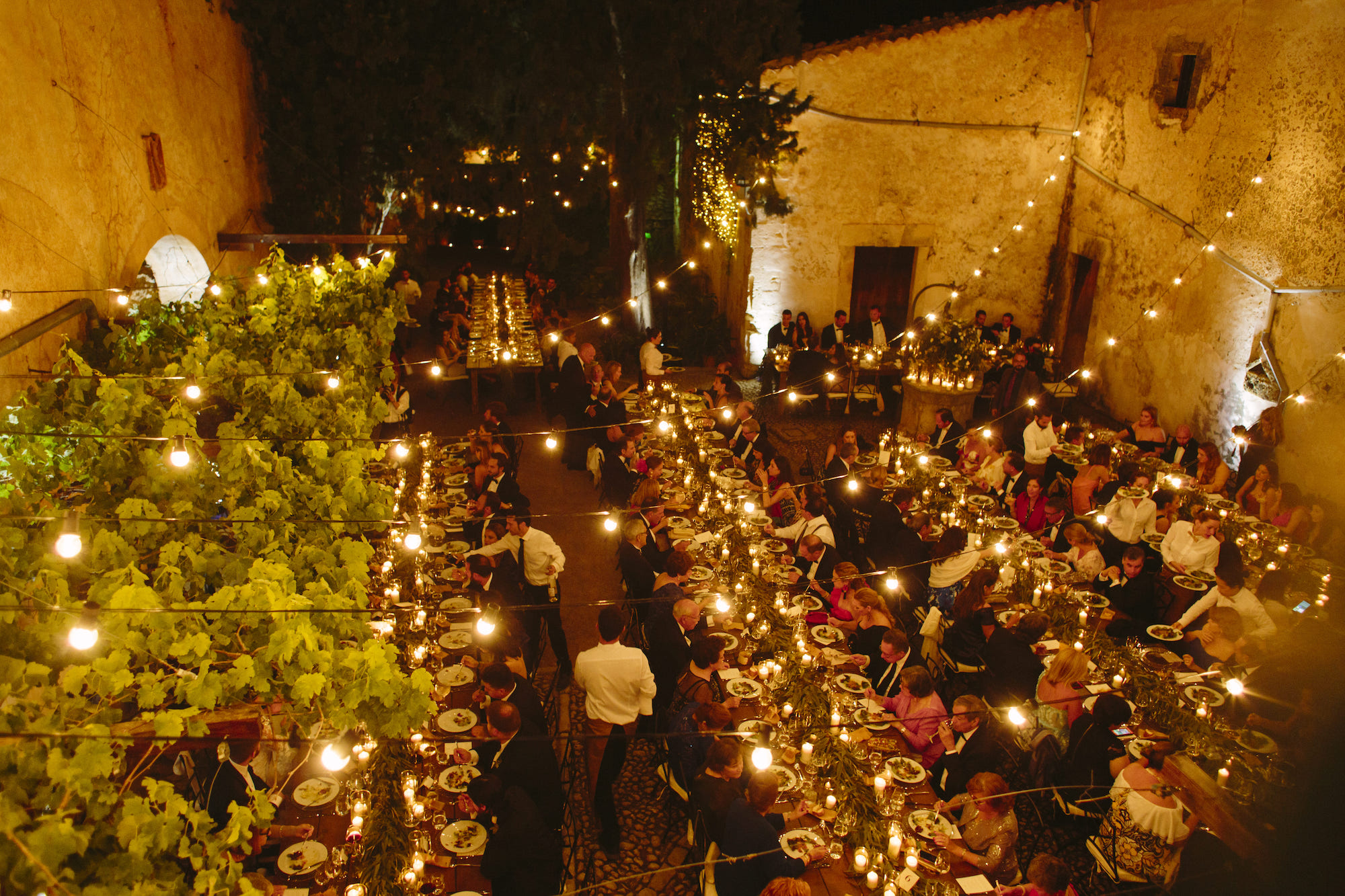 Exclusive wedding venue in a typical Majorcan courtyard.