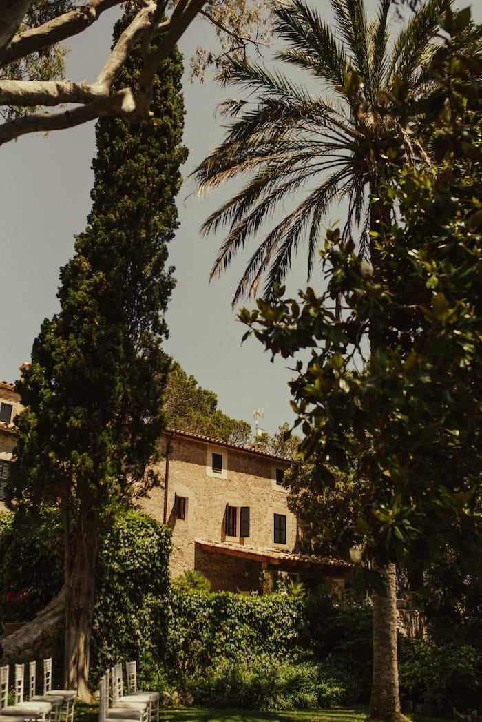 Mountain wedding rustic location in a vineyard of Mallorca