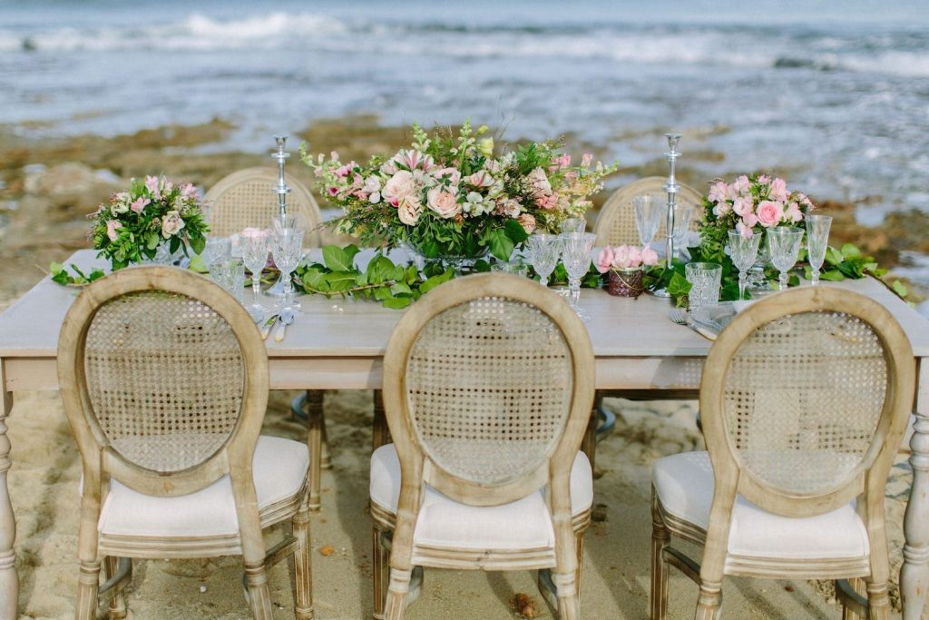 luxury decoration flower center piece for wedding table at the beach in can picafort mallorca