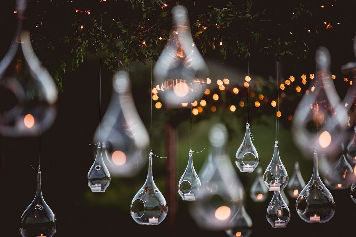 wedding lighting ideas with bubbles and candles for wedding and event in Mallorca