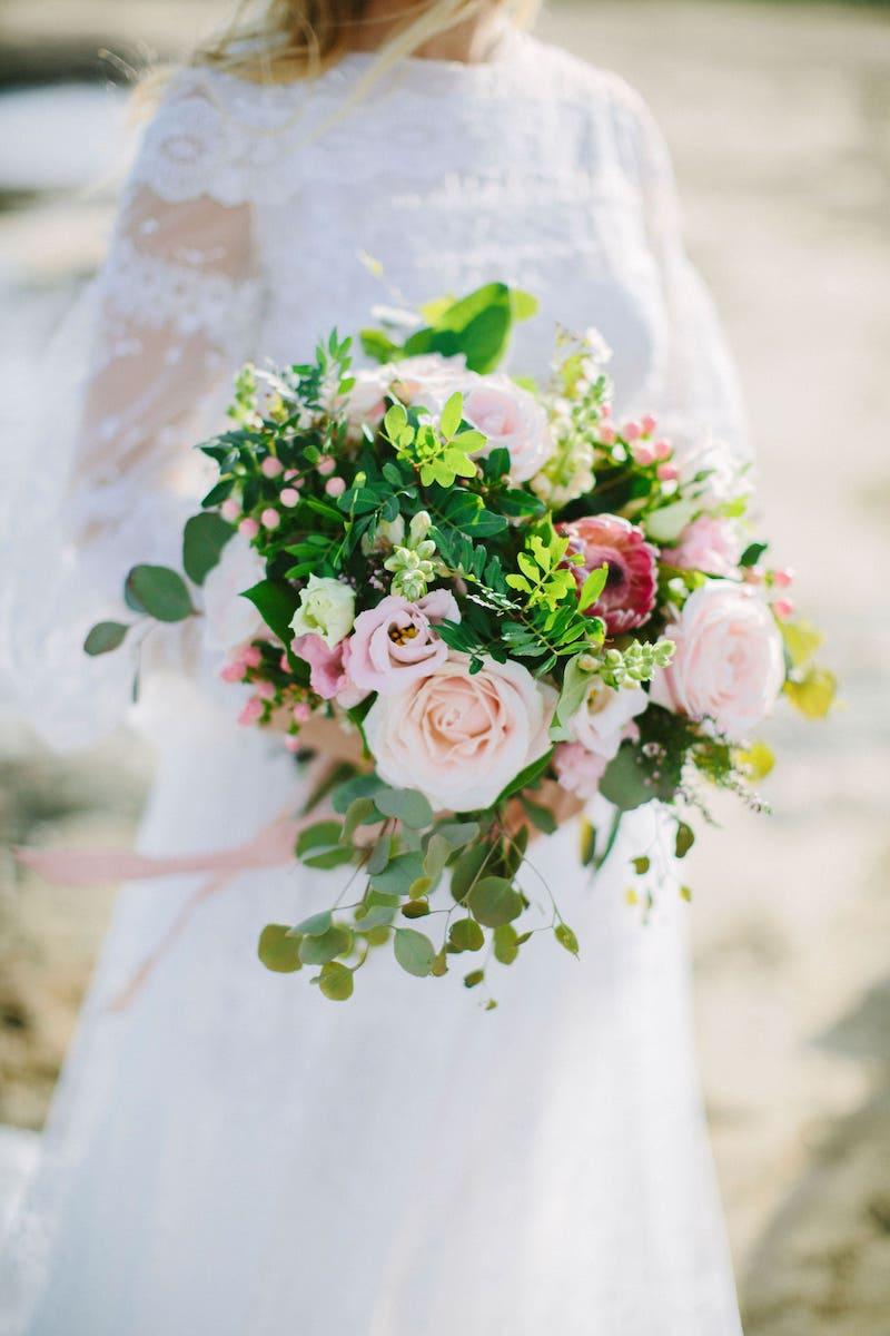 wedding bride bouquet with flowers, wedding dress for wedding in Mallorca