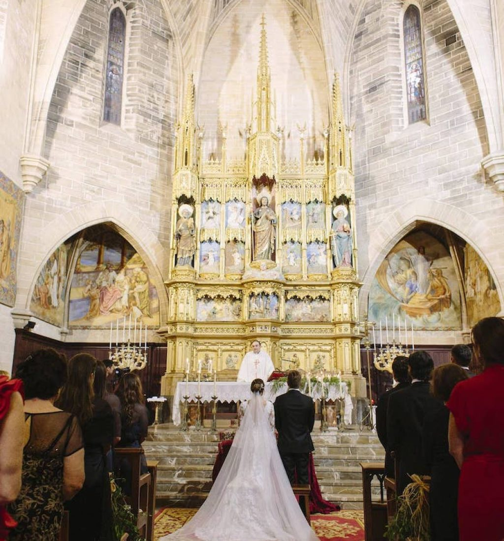 wedding planner for catholic ceremony in Alcudia church Mallorca