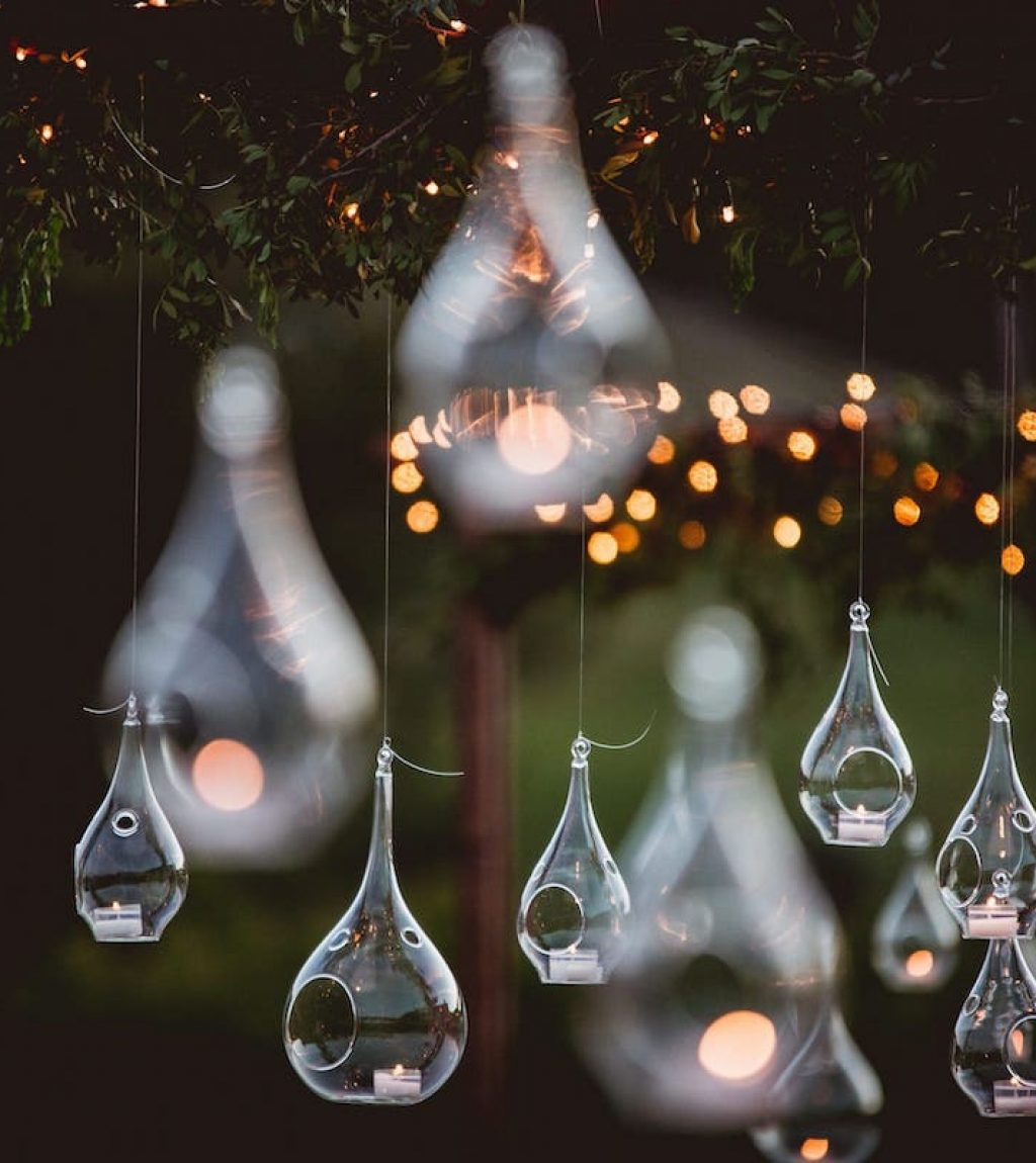 charming lighting wedding garlans and candels