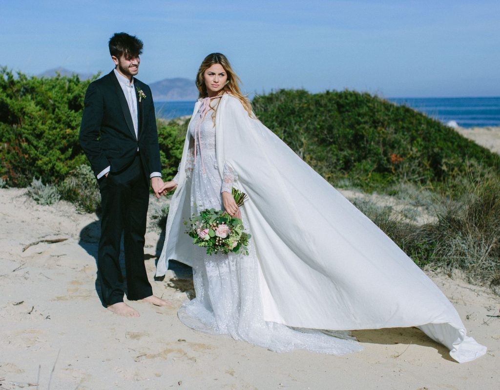 winter wedding dress for bride in Mallorca