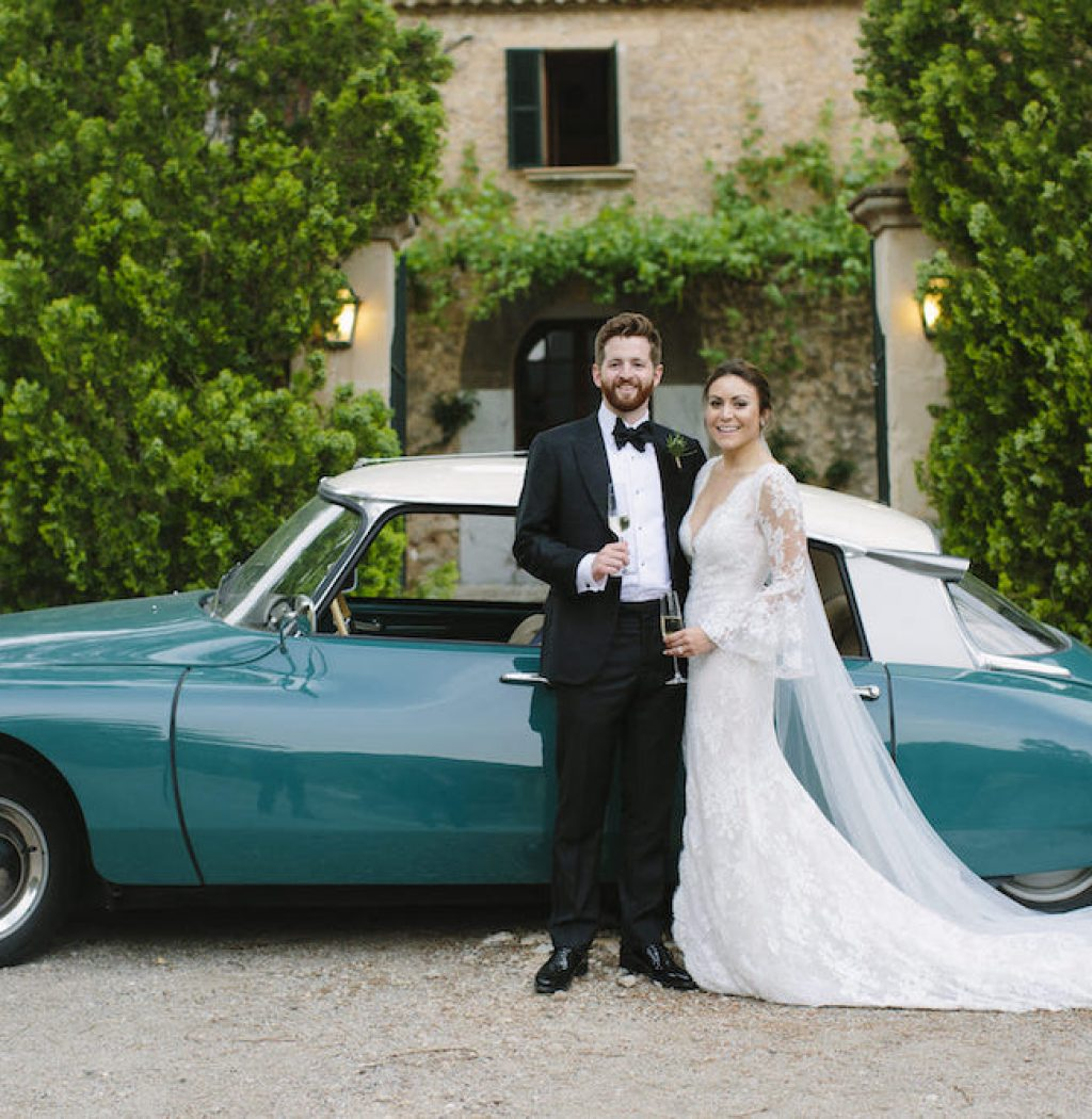 bridal car for rent in Mallorca in Es Fangar