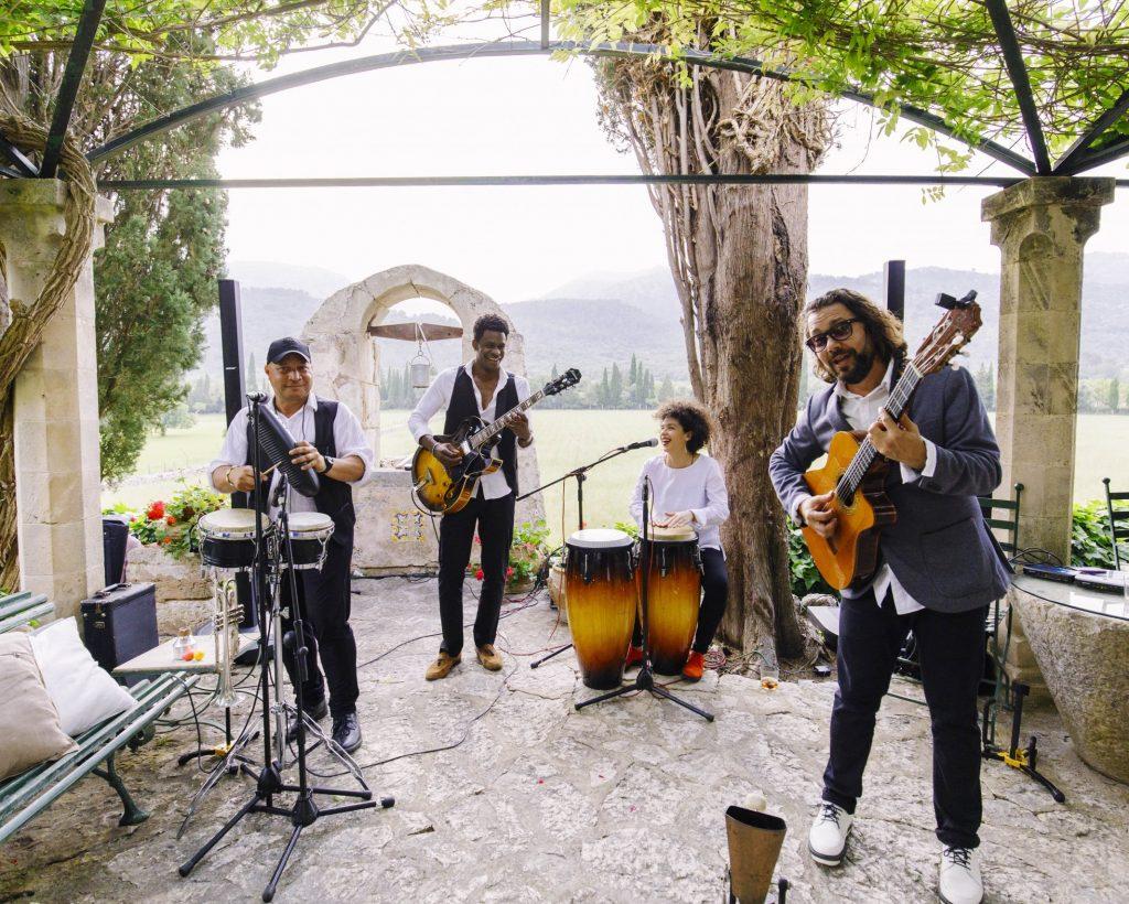 Music band for wedding