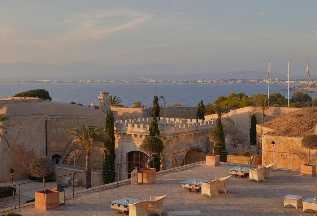 exclusive wedding destination with sea views in the bay of Palma de Mallorca