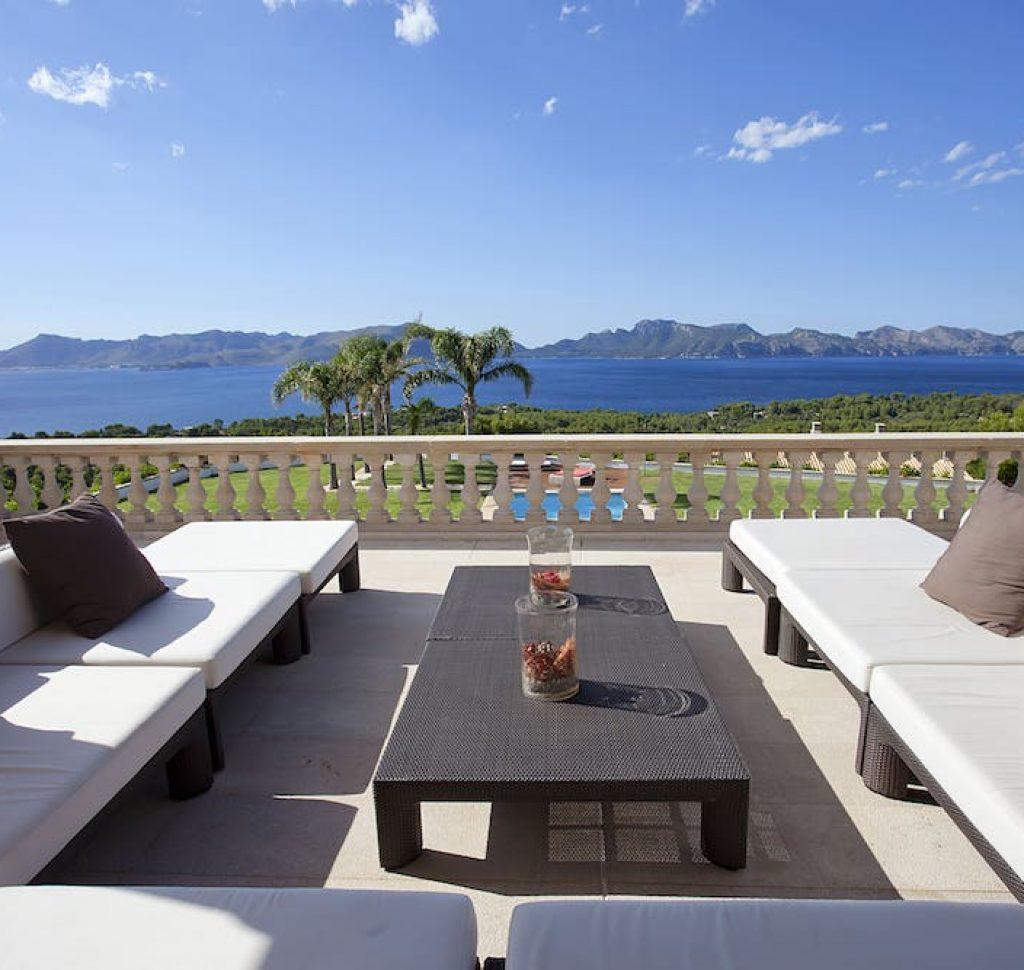 Villa Paraíso de Bonaire para bodas y eventos en bahía de pollensa Mallorca