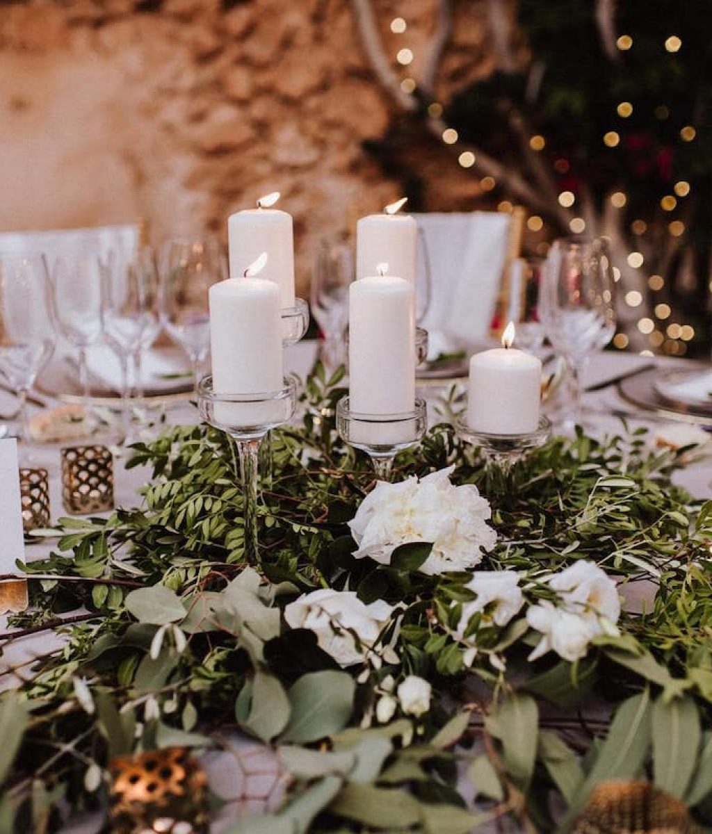 wedding decoration flowers lighting candles Majorcan farm es cabas