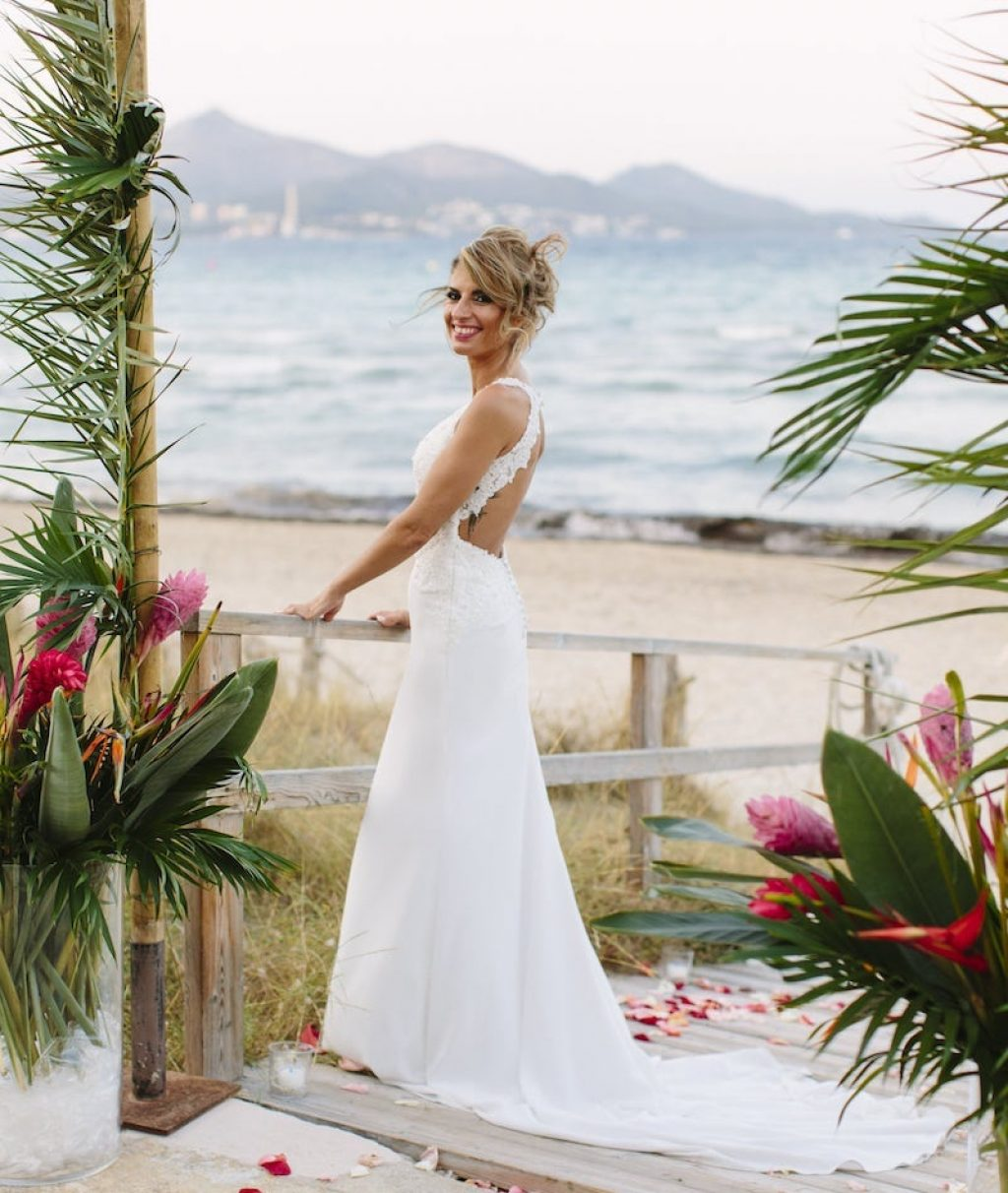beach club for wedding by the sea in Alcudia Mallorca